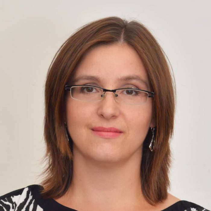 Ivana Jechová - pronajímám váhy pro novorozence. Snadné a rychlé půjčení na Praze 10 - součást výbavičky pro miminko v začátcích kojení.
